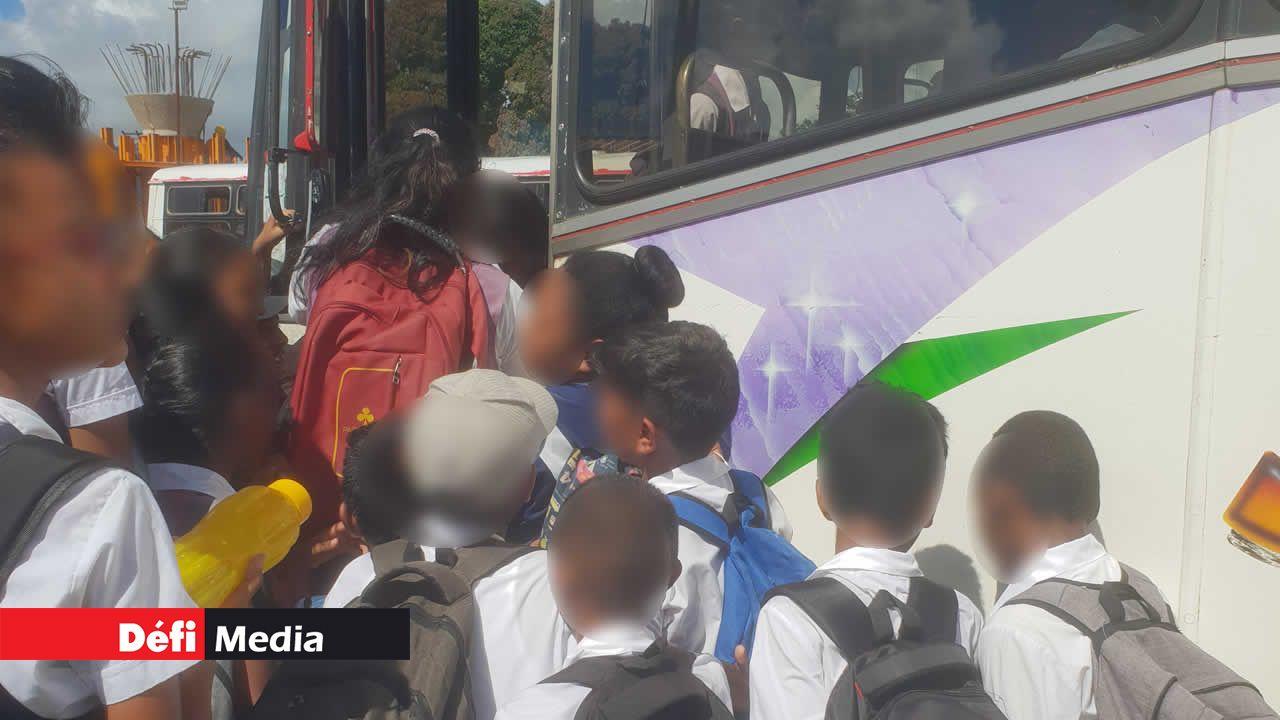 Les collégiens n'ont pas de bus scolaires.