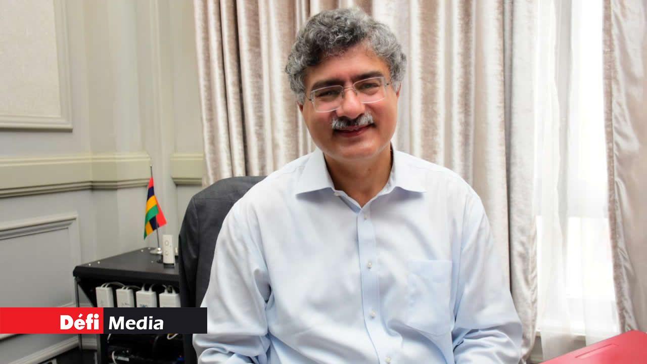 Dr Ashish Nanda