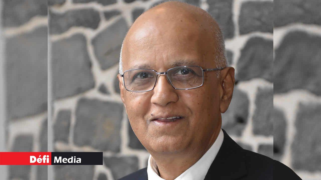 Dr Om Nath Varma