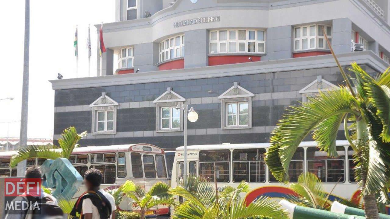 La Mauritius Civil Service Mutual Aid Association Ltd soutient qu'elle est en attente d'une décision de la cour pour décider de la marche à suivre.