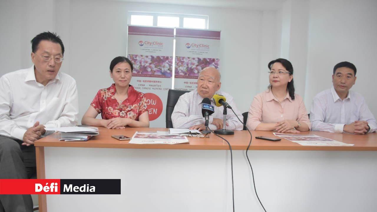 La mise en place d'une école de formation de la médecine traditionnelle chinoise est souhaitée.