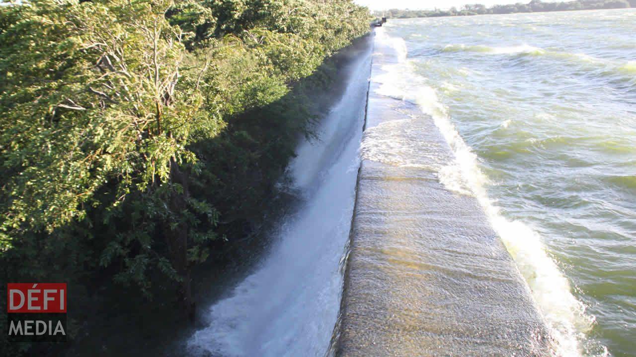 Le réservoir menace la sécurité de certains habitants de La Ferme.