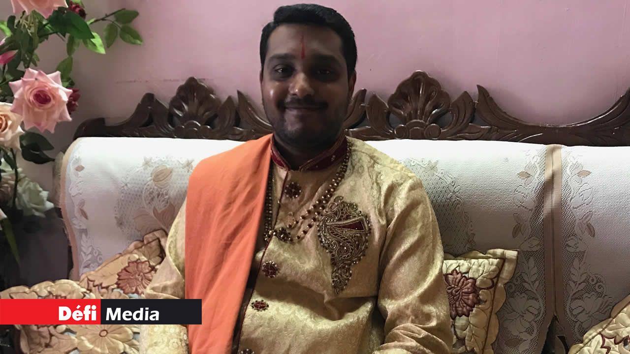 L'Acharya Sharad Pandey