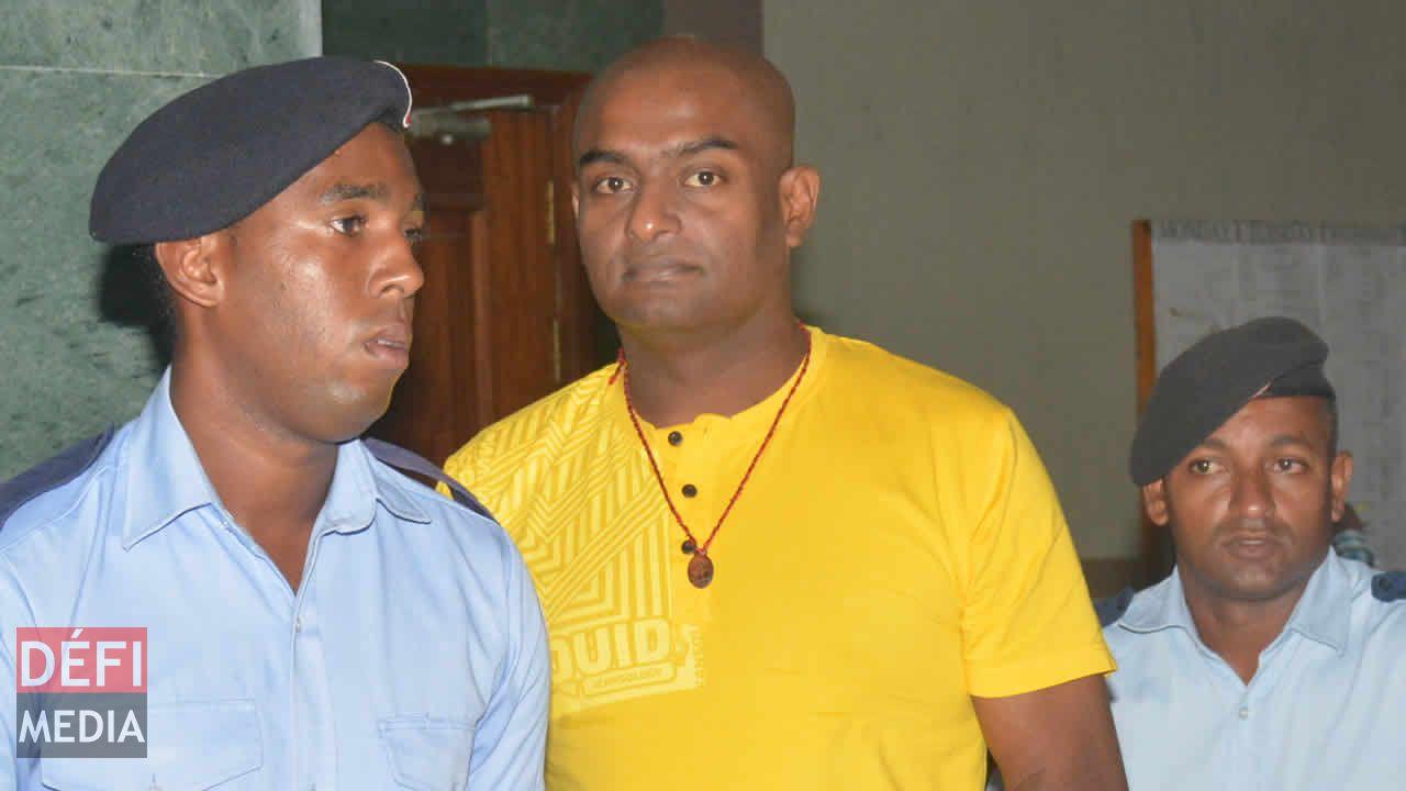 Le trafiquant indique que la drogue rentre par tonnes sur le territoire mauricien.