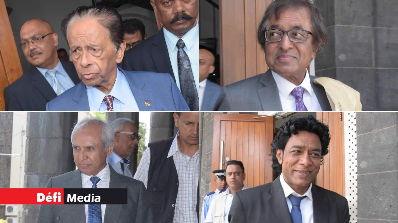 Sir Anerood Jugnauth, Anil Gayan, Anwar Husnoo et Nando Bodha.