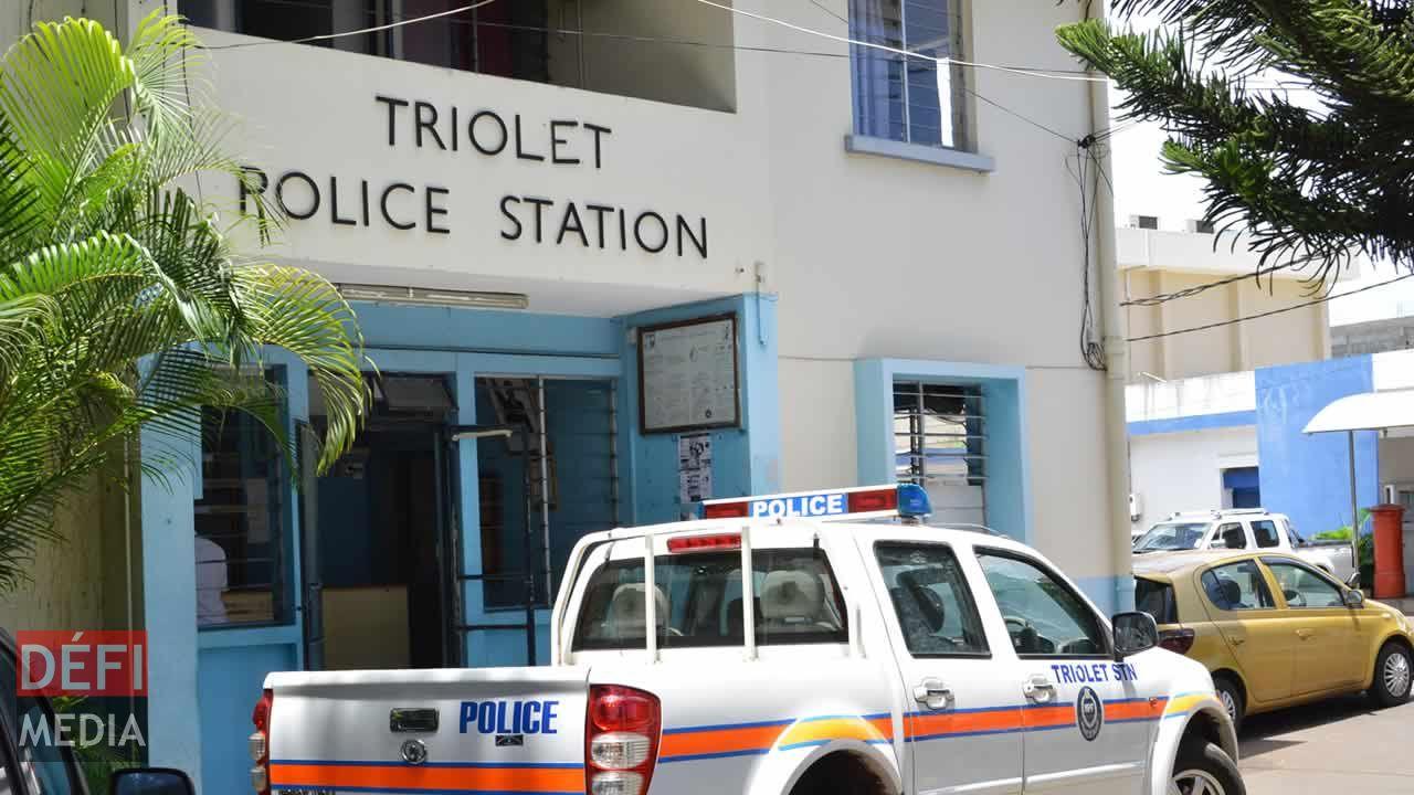Police de Triolet