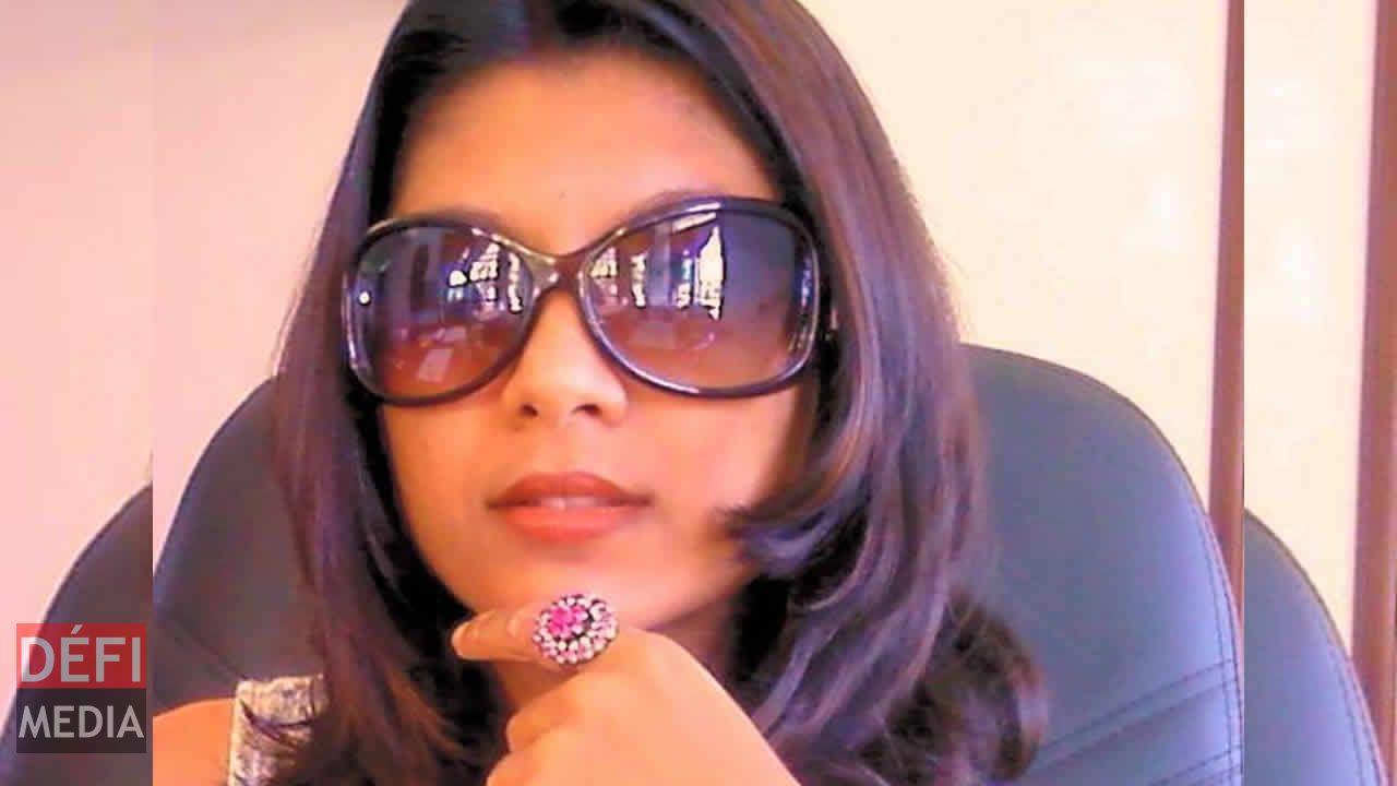 Rashila Ramchurn a été la première à descendre l'art dans la rue à ciel ouvert.