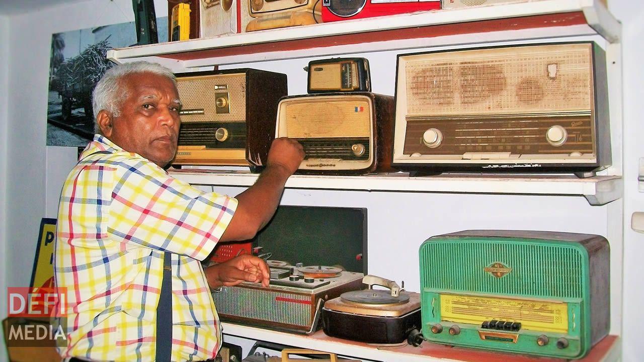 Une salle est dédiée à l'évolution de la radio  à travers le temps.