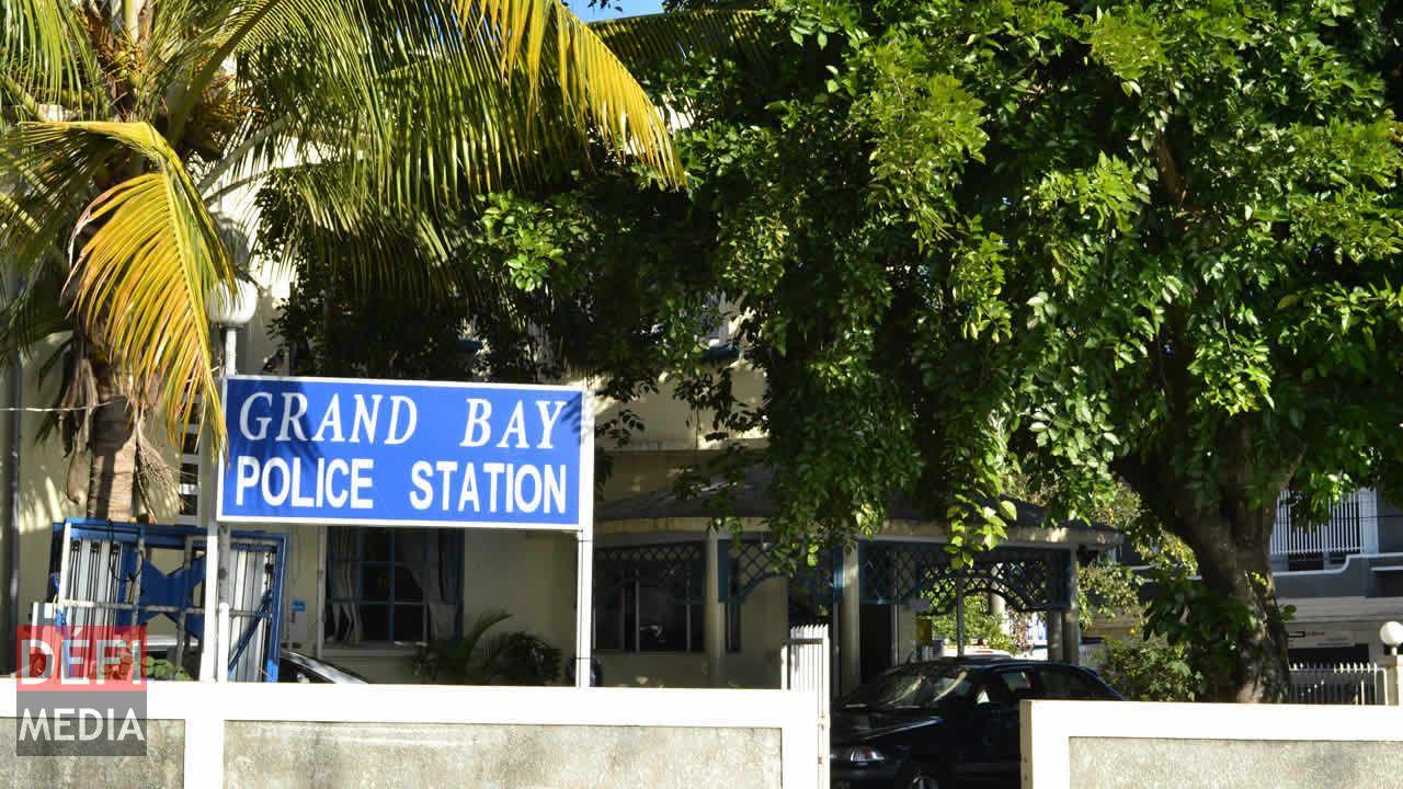 station police grand baie