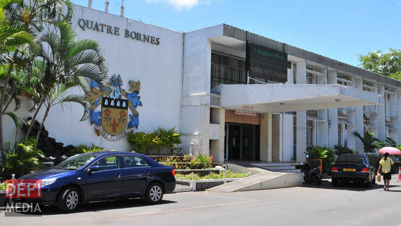 La mairie de Quatre-Bornes