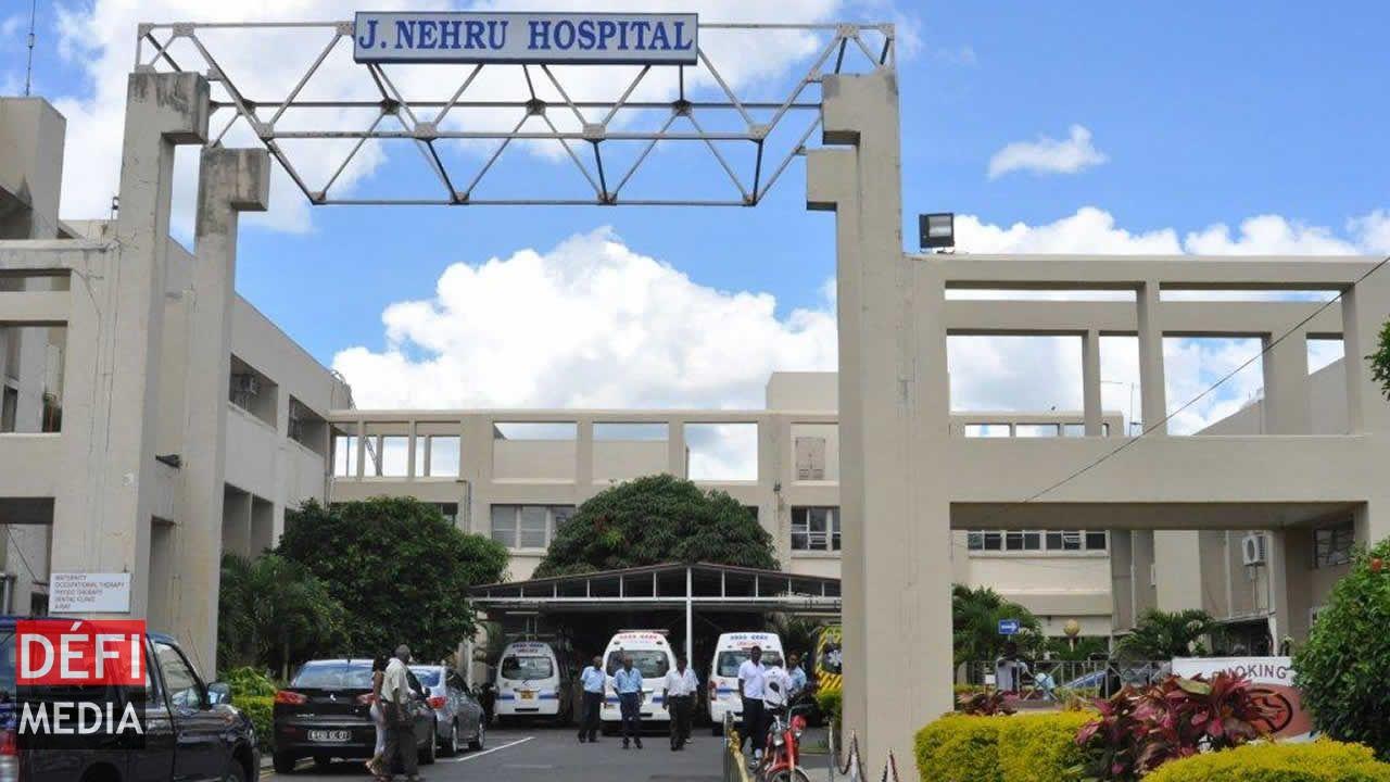 Les siamoises de Rose-Belle - Dr Rajendranath Goordoyal : «Les bébés sont sous assistance respiratoire»