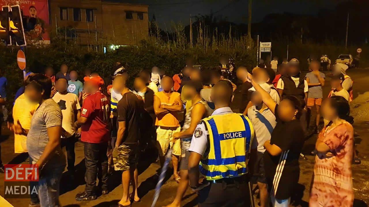 Manifestations dans certaines régions de Curepipe à cause des coupures d'eau