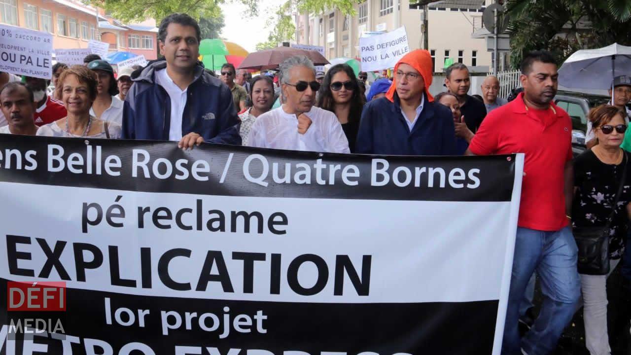Marche contre le Metro Express à Quatre-Bornes