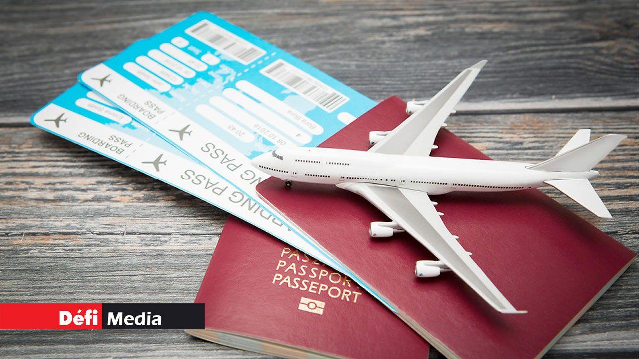 Les présumés escrocs prenaient des billets d'avion à crédit, pour les revendre à moitié prix.