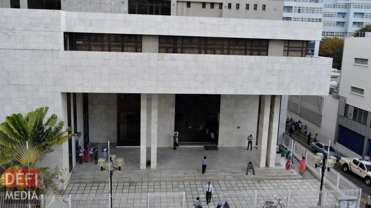 Cour intermédiaire
