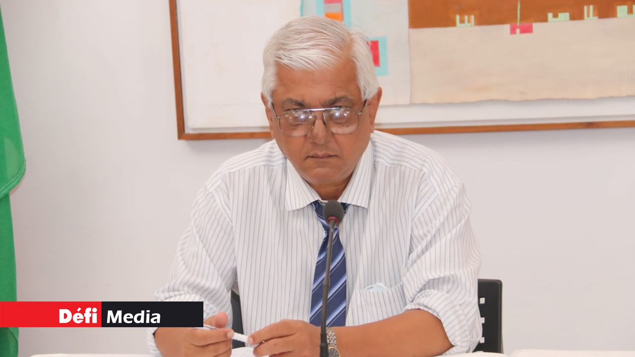 Selon le Dr Vasantrao Gujadhur, directeur des services de santé publique, l'état de santé des patients atteints du Covid-19 s'améliore.