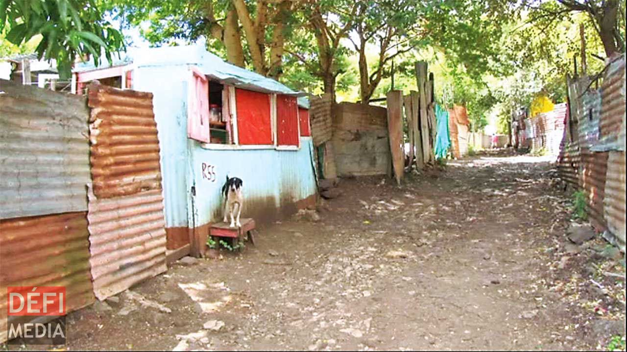 poverty in mauritius Extreme poverty is negligible in mauritius ➢ mauritius is now an upper middle  income country (mic) with a per capita income of usd 9,206 in.