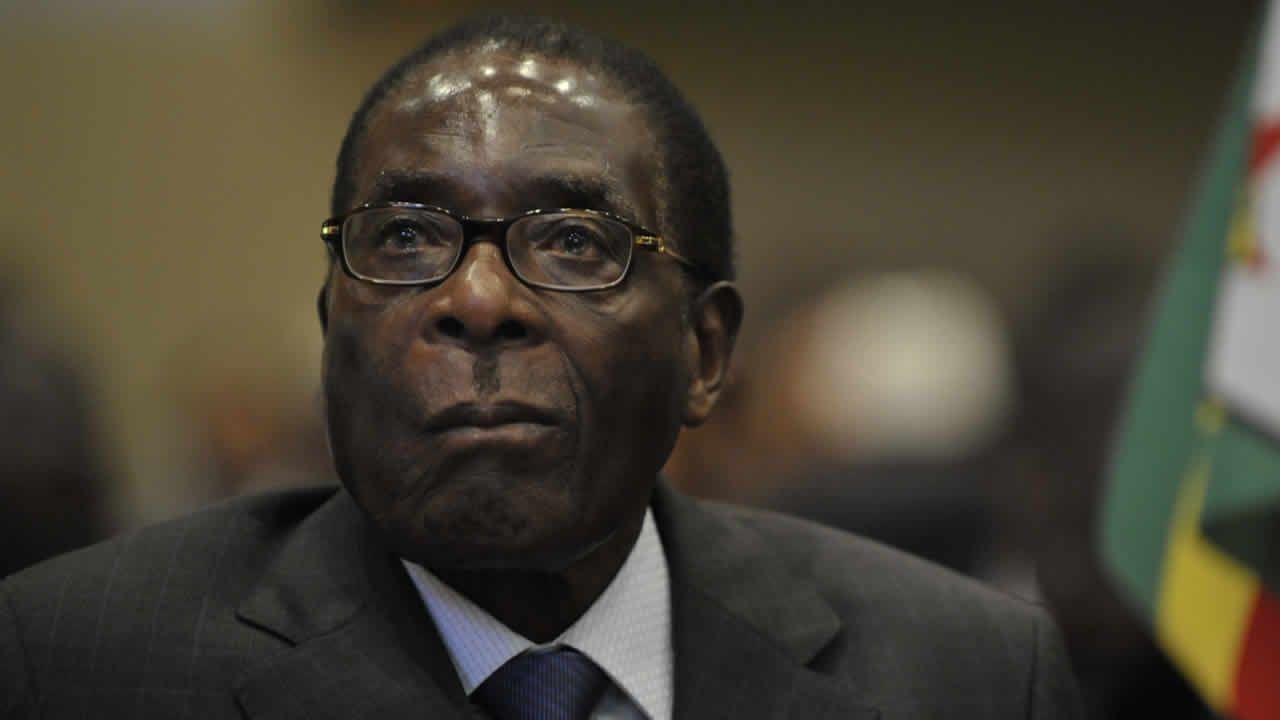 Mugabe destitué par le parti au pouvoir — Zimbabwe
