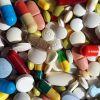Démantèlement d'un trafic de médicaments à Vallée-des-Prêtres : plus de 5 000 comprimés périmés saisis ; un commerçant arrêté