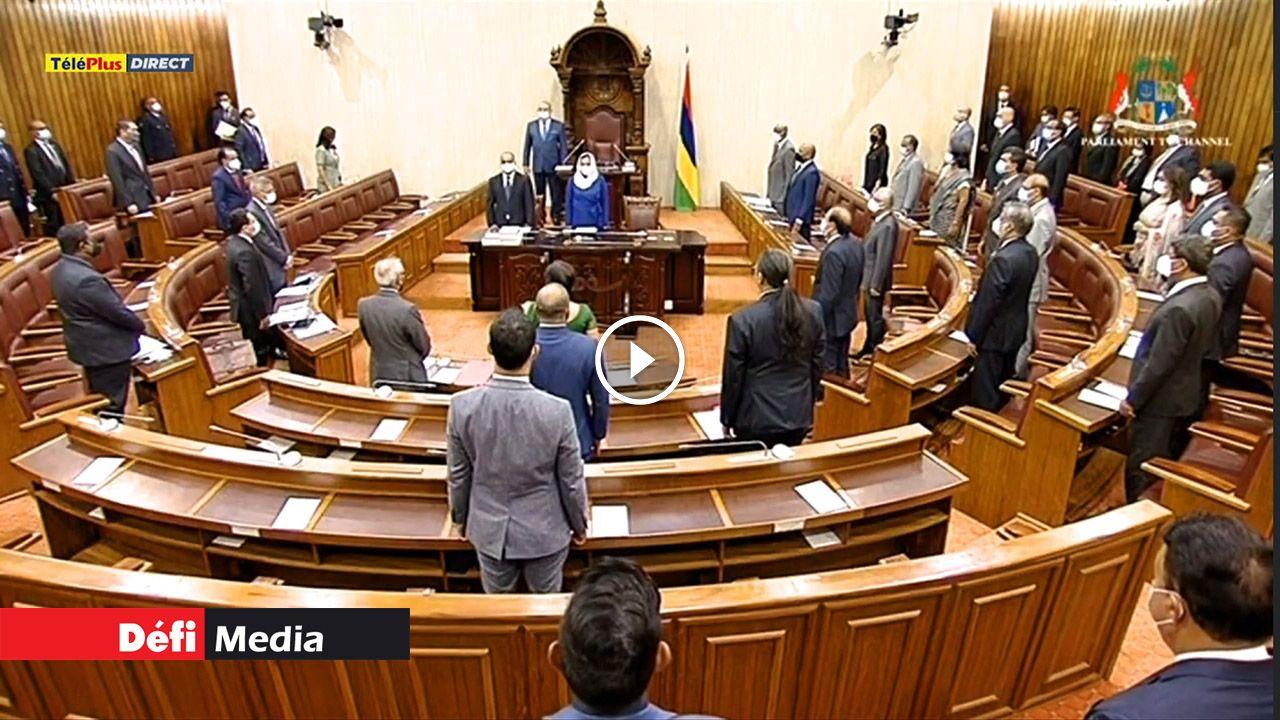 [Video] Parlement : suivez en direct la PNQ axée sur le décès de dix patients dialysés